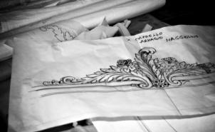 <p>Reportage fotografico sull'artigianato del mobile Made in Italy<br />Cliente: Agostini Mobili<br />Anno 2012<br />